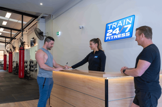 richmond train 247 fitness reception